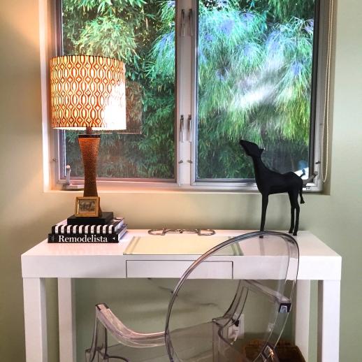 guest room desk/vanity